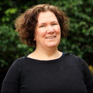 Eleanor Simmons Senior Business Editor - Q Content